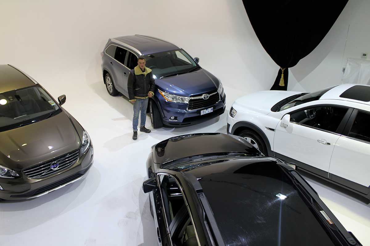 Sydney Props Photo Studio - Studio 4 TV Production - Takes up to 4 cars