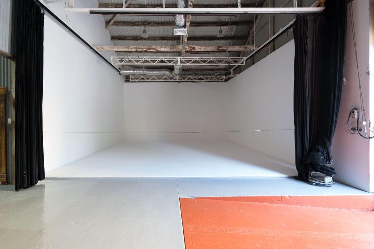 Sydney Props Photo Studio - Studio 2 White Cyc - White Infinity Cyclorama