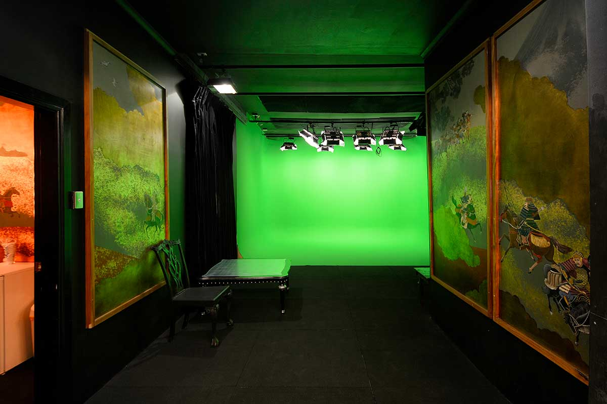 Sydney Props Photo Studio - Studio 5 Green Screen - Samurai Display in Antechamber