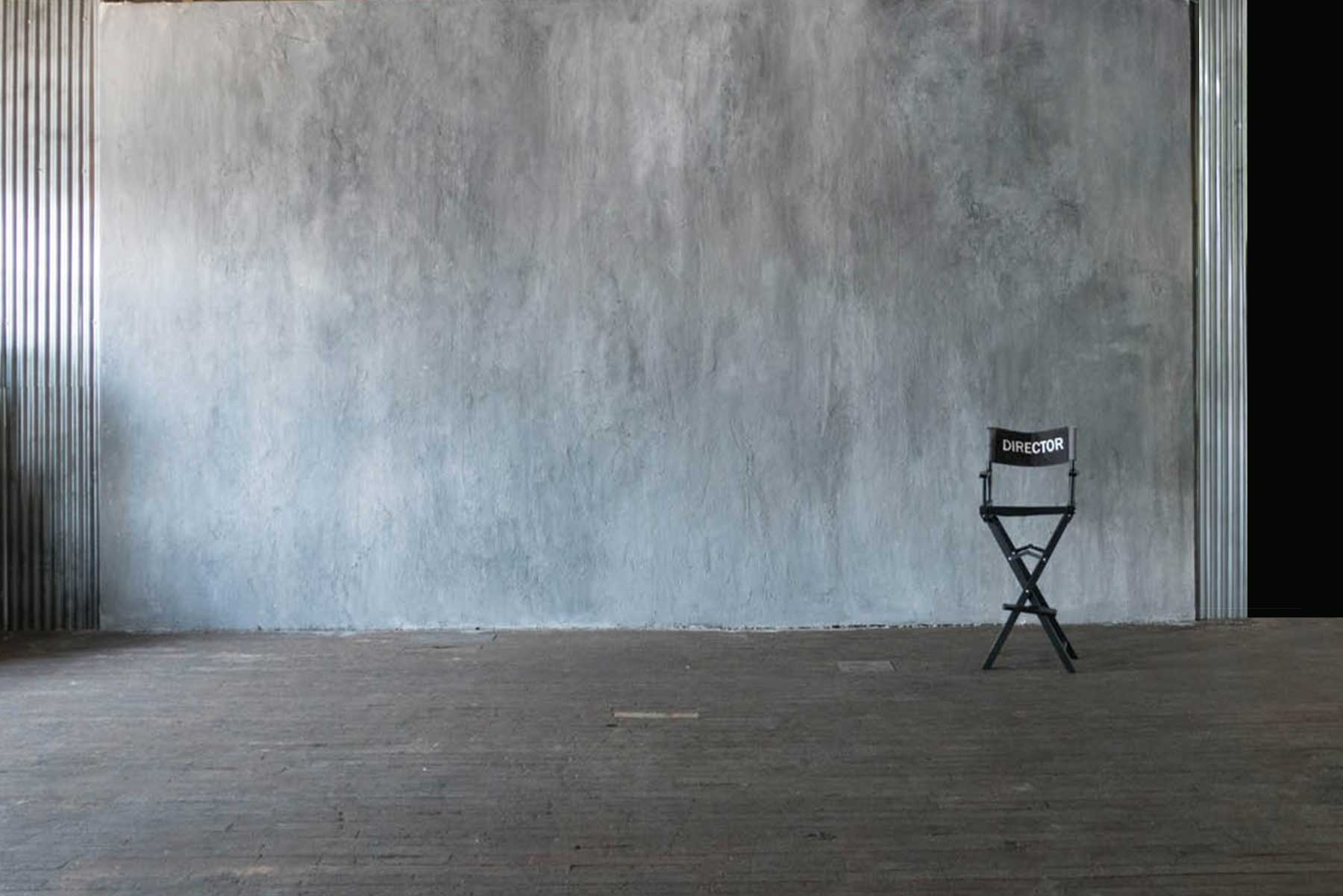 Studio 1 Warehouse - Grey Mottled Wall